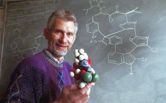 Model molecular