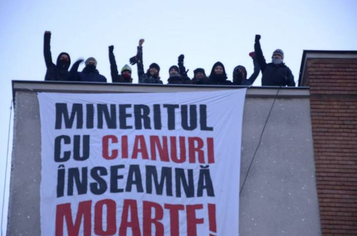 Protest anticianuri la Deva.