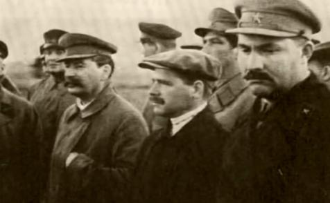 Dictatorul Iosif Stalin şi cercul său interior