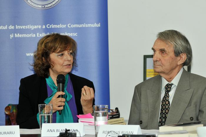 Dialoguri cu Ana Blandiana şi Romulus Rusan. Librăria Bastilia 14 februarie 2014
