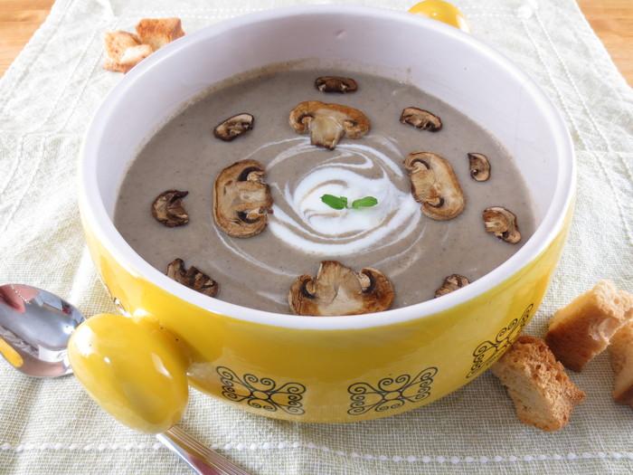 Supă cremă de ciuperci cu cartofi