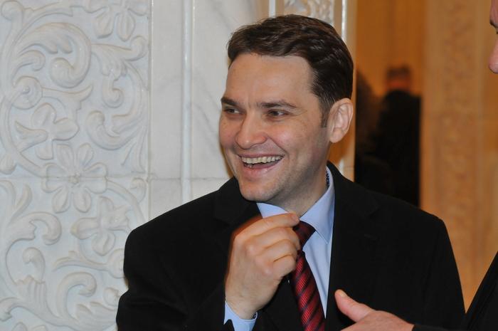 Audierea în comisiile parlamentare a miniştrilor propuşi spre validare. În imagine, Dan Şova, Ministrul Transporturilor