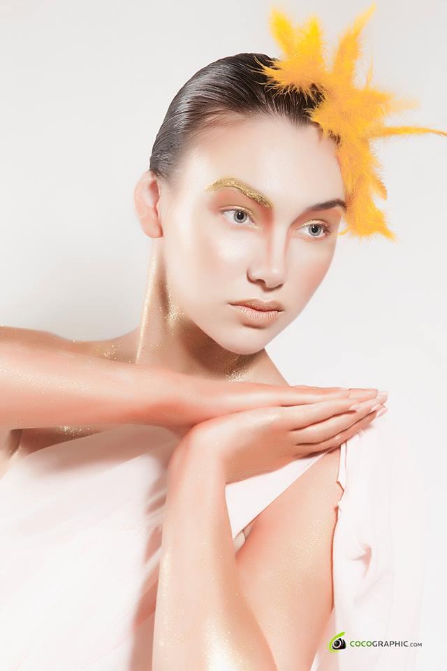 Machiaj cu primer BB Cream, makeup artist Raluca Florea Nuţ