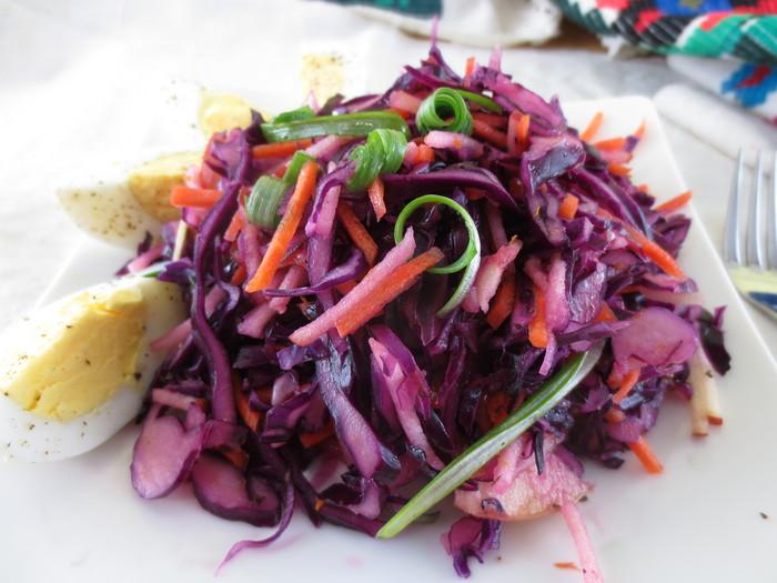 Salată de varză roşie