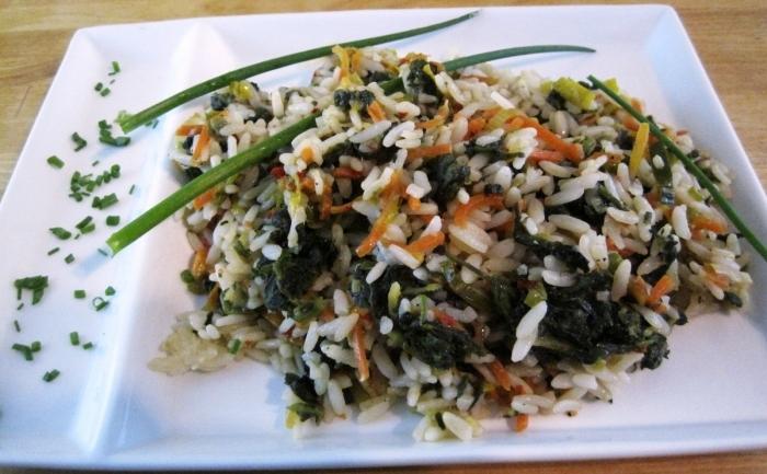 Pilaf de spanac cu orez integral - un fel de mâncare cu dublu aport de magneziu.