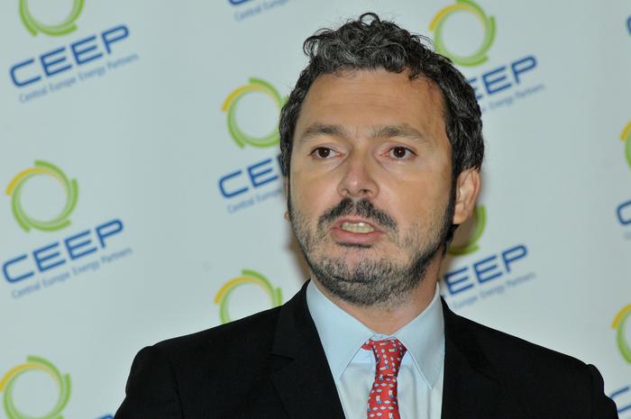 3-rd Energy Summit'29+1, Palatul Parlamentului, 24-25 Aprilie 2014. În imagine, Răzvan Nicolescu, Ministru Delegat pentru Energie