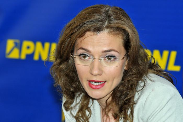 Alina Gorghiu, parlamentar PNL