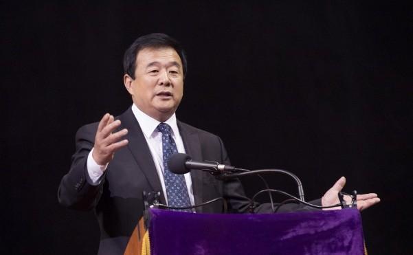 Maestrul Li Honghzi, fondatorul practicii meditative Falun Gong