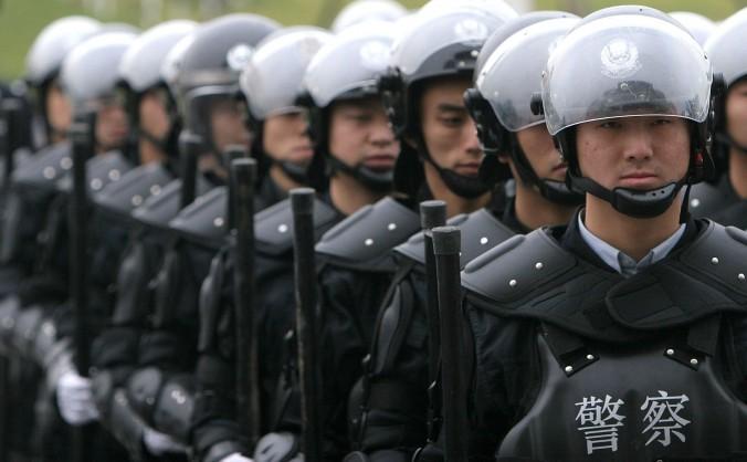 Trupe speciale în Chengdu, China, 2005