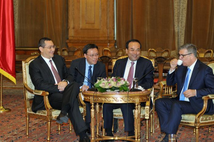 Întâlnire Victor Ponta şi Valeriu Zgonea cu o delegaţie chineză condusă de Sun Zhene Cai, membru la Biroului Politic al CC al PCC