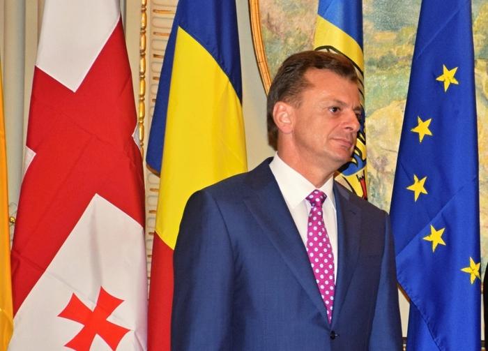 Excelenţa sa dl Teofil Bauer, Ambasadorul Ucrainei la Bucureşti