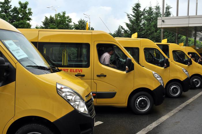Chei pentru microbuze şcolare achiziţionate de MDRAP oferite de guvern