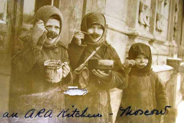 Foametea, unul dintre cele mai temute instrumente politice ale regimurilor comuniste