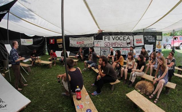 Cea de a doua zi a festivalului FânFest, Roşia Montană, 12 august 2014