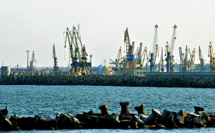 Macarale în Portul Constanţa