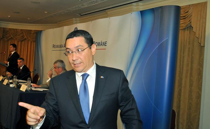 Reuniunea Anuală a Diplomaţiei Române, Bucureşti 27-29 august 2014. În  imagine, Victor Ponta