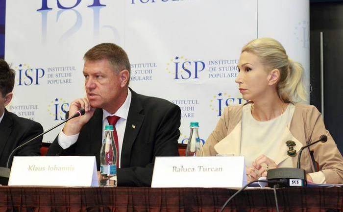 """Klaus Iohannis la conferinţa """"Strategii de reformă în sistemul de educaţie 2014 - 2020"""", 28 august, Bucureşti"""