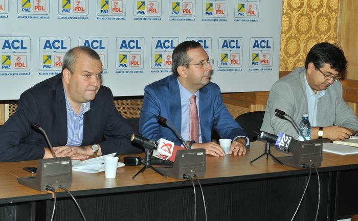 Conferinţă de presă susţinută de Geoge Scutaru, Theodor Nicolescu şi Tinel Gheorghe din Grupul Parlamentar ACL