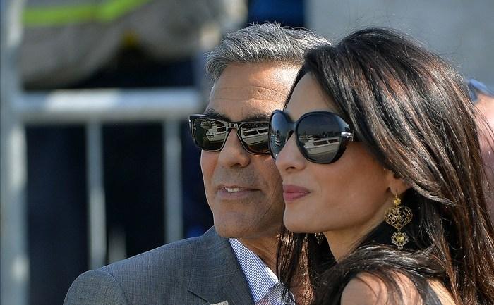 George Clooney şi Amal Alamuddin, de origine libaneză, s-au căsătorit în Veneţia în weekend.
