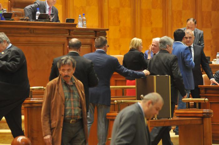 Parlamentul Romaniei, vot in plenul reunit al Camerelor, deputati si senatori.