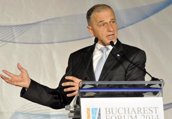 Palatul Parlamentului, Ediţia III-a Forumului Bucharest 2014. În  imagine, Mircea Geoană,Preşedinte Aspen România