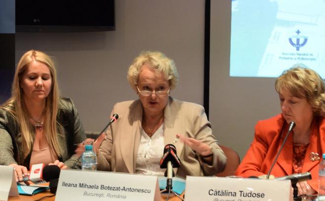Conferinţă de presă susţinută în preambulul Congresului Naţional de Psihiatrie. În imagine Cătălina Tudose, Maria Ladea, Ileana Mihaela Botezat-Antonescu