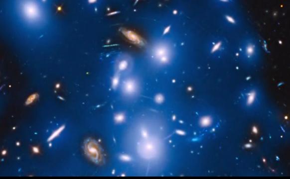 Stelele din grupul Pandora suprinse de NASA.