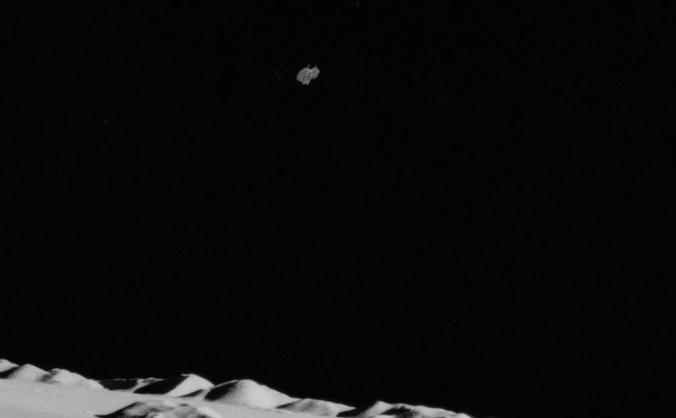 Captură a unui film luat de echipajul misiunii Apollo 15 pe Lună, 1971