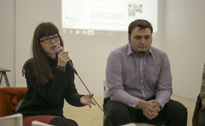 """Dezbaterea """"Reformele politice şi electorale. Ce urmează?"""", organizată  de Comunitatea Uniţi Salvăm. În imagine Florina Presadă, coordonator de  proiecte la CeRe."""