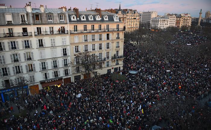 Miting masiv în Paris, pentru a comemora victimele atentatelor de săptămâna aceasta
