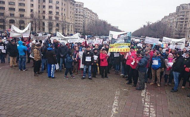 Protest al românilor cu credite în franci elveţieni, Bucureşti, 25 ianuarie 2015.