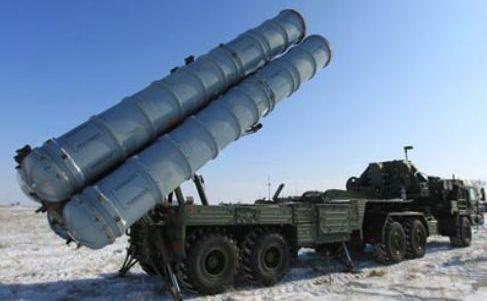 Lansator de rachete S-400.