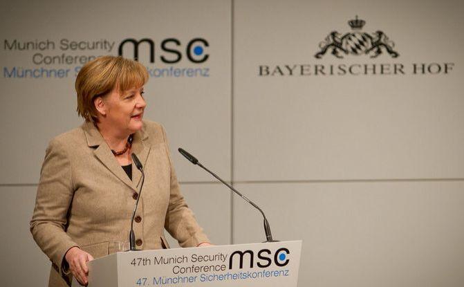 Cancelarul german Angela Merkel participă la Conferinţa Securităţii de la München din 2011.