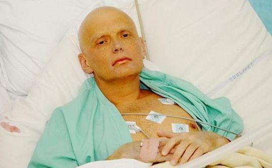 Alexandr Litvinenko în spital după otrăvirea cu poloniu-210.