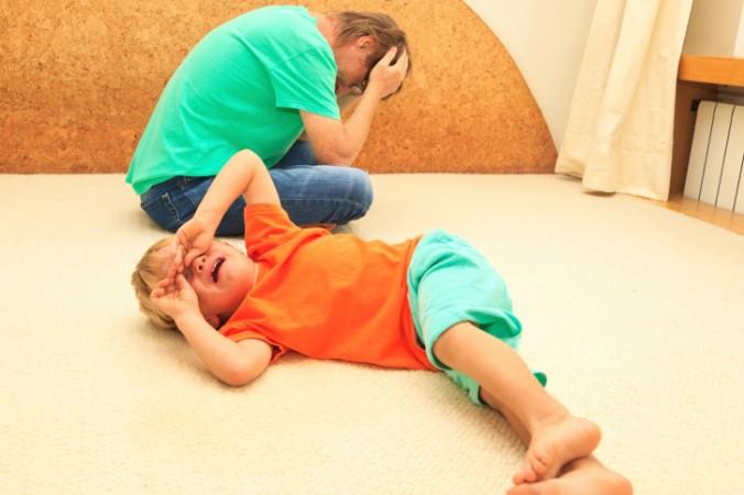 Depresia tatălui are acelaşi efect asupra copiilor ca şi cea a mamei