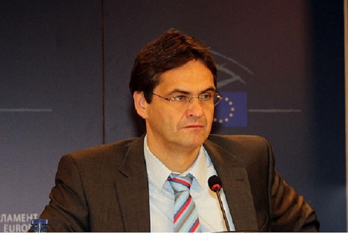 Europarlamentarul Peter Liese,  coordonator al Comisiei pentru Mediu, Sănătate Publică şi Siguranţă Alimentară