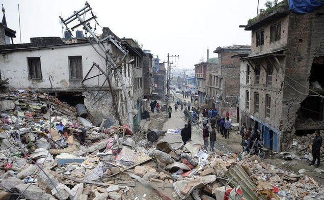 Cladiri prăbuşite şi avariate din Kathmandu.