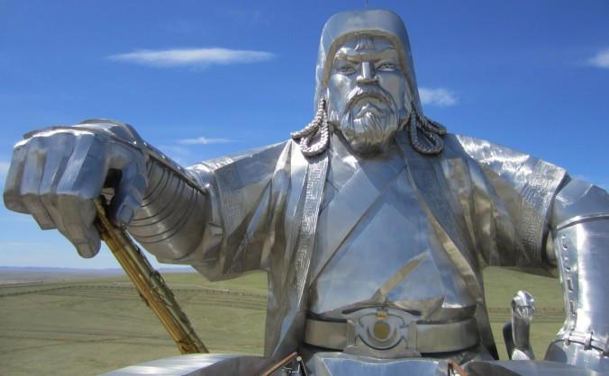 Statuie a împăratului mongol Temunjin