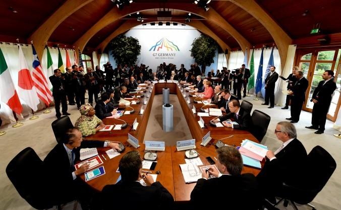 Grupul G7 care s-a întâlnit la Castelul Elmau, 8 iunie 2015