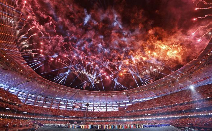 Artificii în timpul ceremoniei de deschidere a Jocurilor Europene din capitala azeră Baku, 12 iunie 2015.