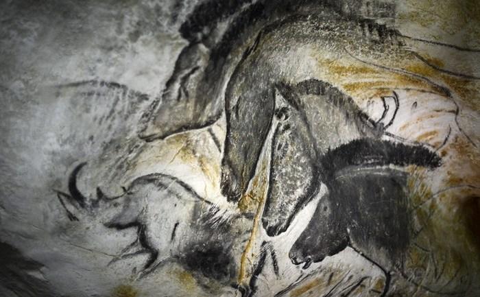 Picturi rupestre vechi de mii de ani în peşterile de la Vallon-Pont-d'Arc