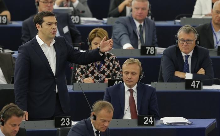 Premierul grec Alexis Tsipras se adresează Parlamentului European în Strasbourg, 8 iulie 2015.