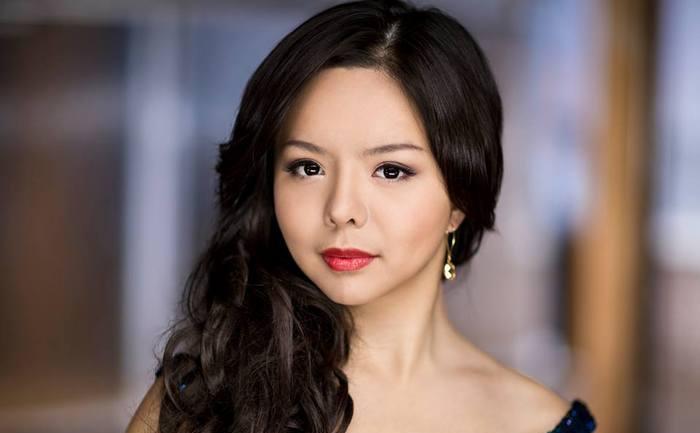 Miss Canada,Anastasia Lin