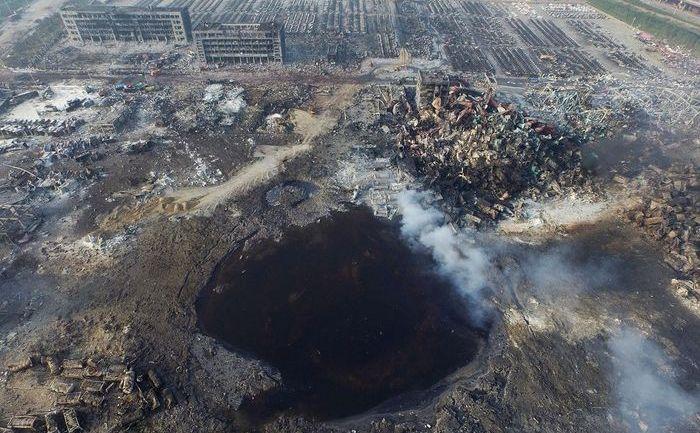 Imagine aeriană a locului puternicelor explozii din 12 august 2015 în oraşul chinez Tianjin.