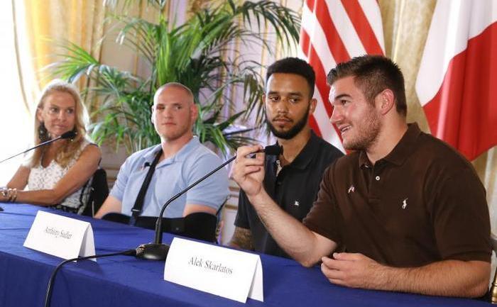 Spencer Stone, Anthony Sadler şi Alek Skarlatos au imobilizat un presupus radical islamic într-un tren de viteză din Franţa