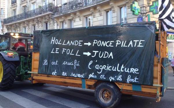 Protest al fermierilor la Paris