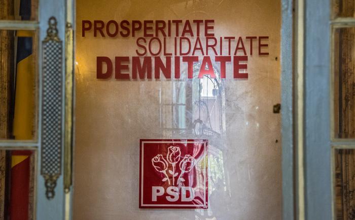Sigla PSD împreună cu principiile PSD: Prosperitate, Solidaritate, Demnitate