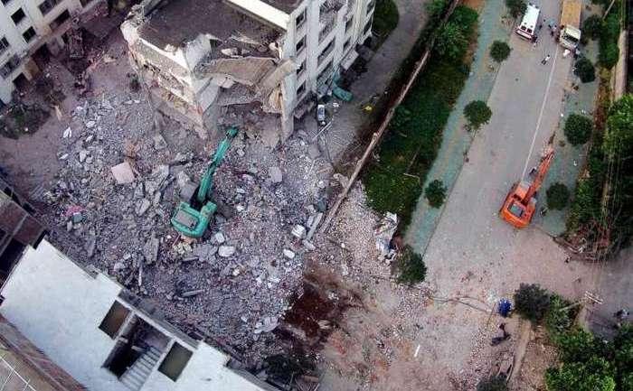 Una dintre clădirile afectate de exploziile masive din Liuzhou, 30 septembrie 2015.