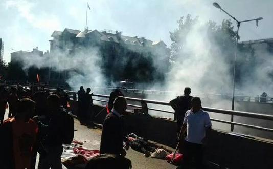 Două explozii au lovit participanţii la un miting paşnic în Ankara, 10 octombrie 2015.