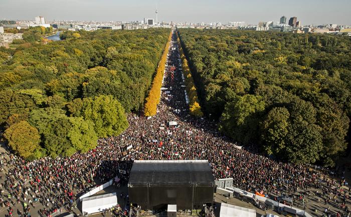 Demonstraţie masivă anti-TTIP în Berlin, 10 octombrie